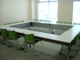 常任委員会室