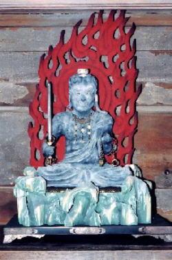木造不動明王坐像