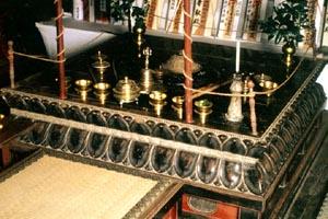 華形壇の画像