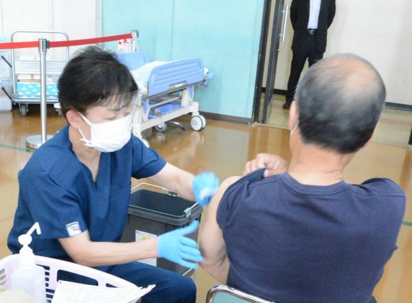 接種開始(4)