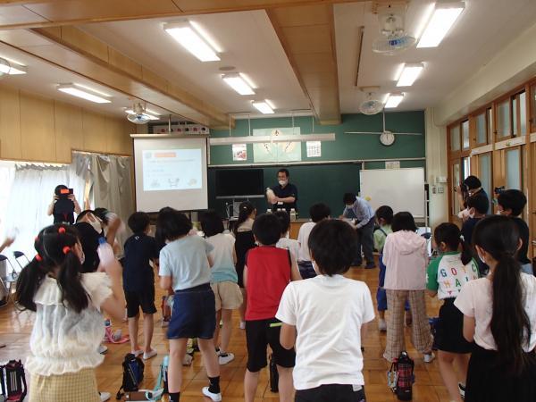 西豊田小学校出前講座(2)
