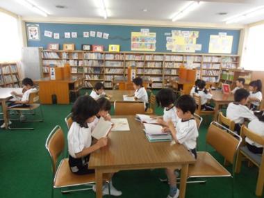 図書室 (4)